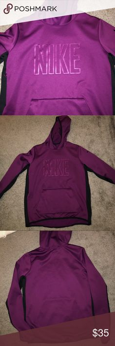 Nike Hoodie Worn once. Looks brand new ! Size L but can fit someone that is a M! Nike Sweaters