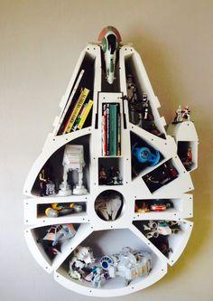 Nuestra última creación!!! Juguetero del Halcón Milenario!!! #toyshelf #bookshelf #starwars #milleniumfalcon 95cm x 135cm, 24cm de profundidad.