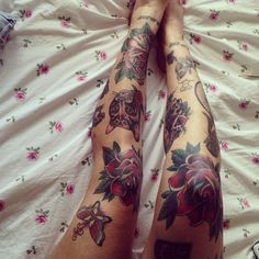 #kneetattoo #rose #traditional #cat