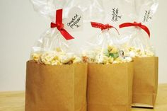 Candied Popcorn and other Bake Sale ideas(Baking Sale) Bake Sale Treats, Bake Sale Recipes, Cake Recipes, Cooking Recipes, Bake Sale Packaging, Packaging Ideas, Popcorn Packaging, Dessert Packaging, Cookie Packaging