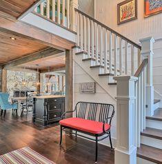 Banc d'entrée en bois laqué noir. Wood bench Stairs, Interior, Home Decor, Bespoke Furniture, Living Spaces, Woodwind Instrument, Stairway, Decoration Home, Indoor