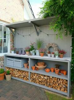 Pflanztisch Gartenküche Outdoorkitchen Garten Blumen Terrasse Best Picture For Garden Tools rack For Your Taste You are looking for something, and it is going to tell you exactly what you are looking Back Gardens, Outdoor Gardens, Kitchen Plants, Small Garden Kitchen, Small Patio, Modern Garage, Potting Sheds, Garden Cottage, Diy Garden Projects