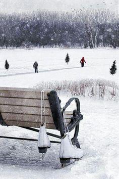 ice skating, winter wonderland - Dump A Day Winter Szenen, Winter Love, Winter Magic, Winter Season, Winter Christmas, Winter Light, Felt Christmas, Winter Months, Rustic Christmas