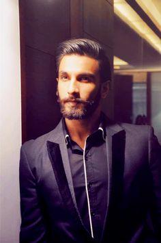 ugly773: hinduthug: Ranveer Singh: RamLeela Promotions *sobbing* Fuudge.