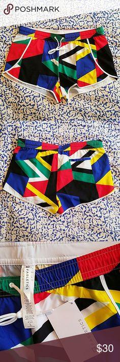 Selling this Fabletics geometric shorts on Poshmark! My username is: macaira77. #shopmycloset #poshmark #fashion #shopping #style #forsale #Fabletics #Pants