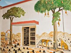 #Artists Painted This #RailwayStation in #Rajasthan With Brilliant #graffiti   http://www.9hues.com/graffiti-in-railway-station/  #IndianRailways @RailMinIndia