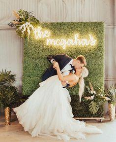 Perfect Wedding, Fall Wedding, Our Wedding, Dream Wedding, Wedding Goals, Wedding Planning, Wedding Styles, Wedding Photos, Save The Date Karten