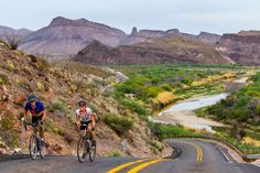 Road bicycling along quiet Highway 170 and Rio Grande River near Lajitas, Texas, USA - Danita Delimont/Getty Images
