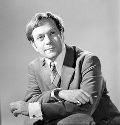 Márkus László (1928-1985) Kossuth-díjas és háromszoros Jászai Mari-díjas magyar színművész, érdemes és kiváló művész.