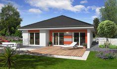 In moderner und attraktiver Bungalowbauweise präsentiert sich unser Haus Lifetime 2 mit einer windgeschützten Terrasse. Das durchdachte Baukonzept ermöglicht nicht nur Ehepaaren oder jungen Familien den Ausstieg aus der Miete. Herzstück des Hauses ist der großzügige Wohnraum mit Zugang zur Terrasse.