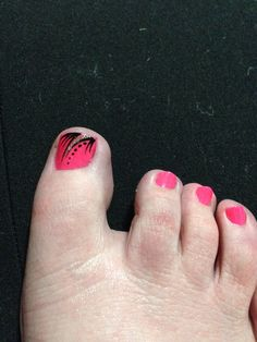 My toes pink with black and silver glitter nail art for October 2 support Breast Cancer awareness!
