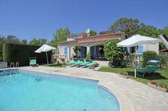 La Bagnolette  Mooi vakantiehuis met privézwembad nabij het Estérel gebergte en 17 km van Zee  EUR 1318.60  Meer informatie  #vakantie http://vakantienaar.eu - http://facebook.com/vakantienaar.eu - https://start.me/p/VRobeo/vakantie-pagina