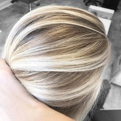 blonde highlights with lowlights Fall Blonde Hair, White Blonde Hair, Blonde Hair Looks, Light Blonde Hair, Icy Blonde, Platinum Blonde Hair, Light Hair, Highlighted Blonde Hair, Sandy Blonde