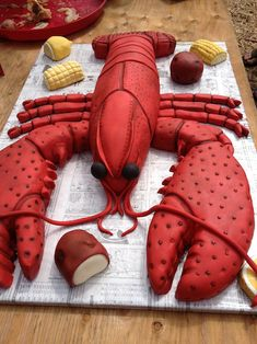 What's for dessert at your crawfish broil? A crawfish cake of course! Shrimp Boil Party, Crawfish Party, Crawfish Season, Seafood Party, Lobster Party, Lobster Cake, Lobster Boil, Cajun Dishes, Sculpted Cakes