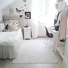 Determining just how to make a little girl's bedroom something unique for her to live and take haven in isn't very easy. These are 25 bed rooms full of delightful concepts for decorating a lady's room. These suggestions may assist. Dream Rooms, Dream Bedroom, Girls Bedroom, Bedroom Decor, Bedroom Ideas, White Bedroom, Bedroom Storage, Cool Kids Rooms, Room Kids