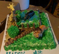 Zoo animals birthday cake