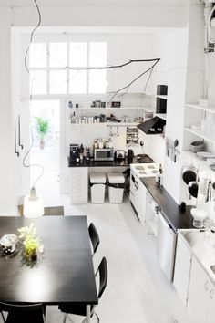 What we are going for in our kitchen, black&white-but we want stainless too!  Love it!