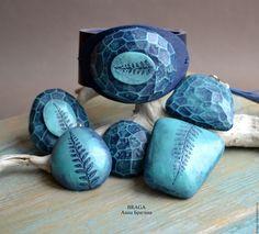 Купить Комплект граненый с папоротником.Синий, бирюзовый из полимерной глины. - тёмно-бирюзовый, браслет