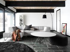 weier beistelltisch frs wohnzimmer von boconcept ideen frs wohnzimmer wohnzimmereinrichtung livingroom home