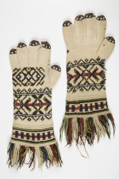 Estonian mittens, Eesti Kihelkonna Saaremaa kihelkondade kirikindad t Mittens, Gloves, Knitting, Winter, Knits, Fingerless Mitts, Winter Time, Tricot, Breien