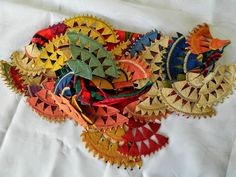 Antik Zafer Esi | iğne oya,antik zafer esi oyaları,iğne oyası modelleri Kinds Of Fabric, Textiles, Lace Making, Fabric Manipulation, Bobbin Lace, Design Museum, Diy Crochet, Baby Knitting, Flower Art