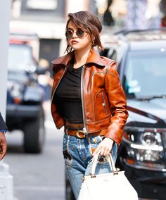 September 12: Selena out and about in New York, NY [HQs]
