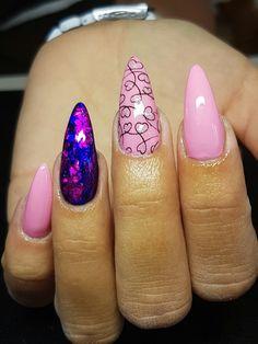 Pink nails & foil