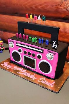 80's party- boom box cake