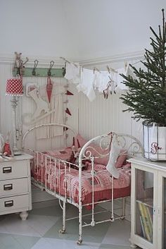 Darling white and red bedroom