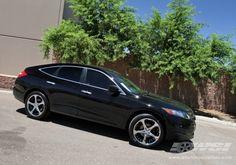 "2010 Honda Accord Crosstour with 20"" Giovanna Dalar-5 in Chrome wheels"