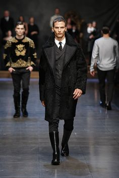 Fur coat and rubber boots? Dude's like, even shoveling snow I'm classier than you. Dolce & Gabbana Men's, Winter 2016.