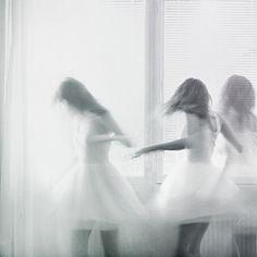 Dancing on my own (by Annika Svenmarck)