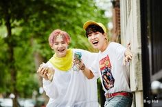 [Interview/Trans] Releasing BTS' Dreaming Days, Chicago pictorial book B-cut photos! [160318]