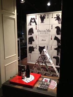 Niepoort-Vinoteca in Porto -shop window by Regina Pinheiro Studio