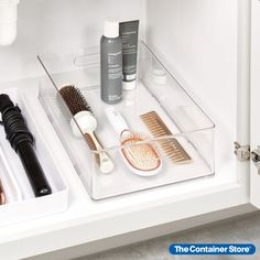 The Home Edit Vanity & Makeup Collection brings effortless organization to bathroom counters and vanities. This large bin is designed to hold a complete assortment of hair styling tools - including products and accessories - all while keeping everything sorted and ready to grab. Add the heat-proof Silicone Hair Tool Holder for extra protection. Clear plastic construction creates a clean, clutter-free look even in small spaces.