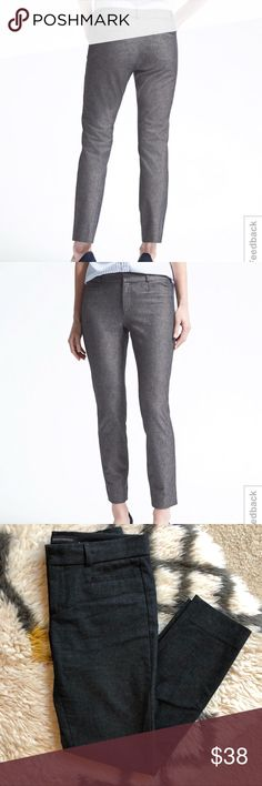 """Banana Republic Sloan Skinny Ankle Charcoal Perfect condition worn 5x. Dark grey """"charcoal"""" color.    Mid-rise sits below the waist, sleek tailored leg. Fitted through the hip and thigh. Power stretch fabric gives amazing stretch and recovery. Zip fly with hook and bar closure. Belt loops. Front coin pockets, rear welt pockets.   Color is closer to my photos (dark grey)   29.5"""" waist  7.5"""" rise  25"""" inseam Banana Republic Pants Ankle & Cropped"""