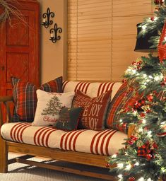 Christmas- great idea for porch too at holidays