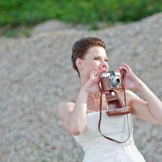 Eine Hochzeit aus dem Jahr 2011 und immernoch freue ich mich wenn ich die Bilder sehe. Genau das sollten die Hochzeitsbilder erreichen - ERINNERUNGEN wecken was für ein wundervoller Tag es war.   #hochzeit #hochzeitsfotograf #hochzeitsfotografie #hcohzeitskleider #fotografie #hochzeitstag #worms #altrip #mannheim #heidelberg #neustadt #limburgerhof #waldsee #otterstadt #Speyer #Germersheim #pfalzliebe