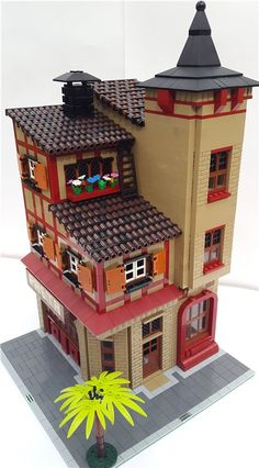 I like how the roof is not made of roof tiles or tiles in general. Lego Moc, Lego Duplo, Lego Projects, Projects To Try, Legos, Lego Words, Lego Sculptures, Lego Club, All Lego