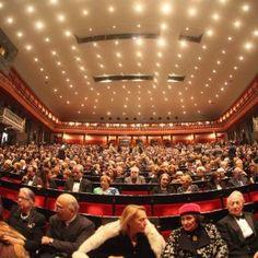 """Offerte lavoro Genova  Il sindaco Doria: """"Situazione preoccupante""""  #Liguria #Genova #operatori #animatori #rappresentanti #tecnico #informatico Carlo Felice 35 milioni di debiti"""