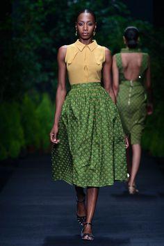 2013 MB Fashion Week Africa » Taibo Bacar -- Isso é que é estilo!! :D