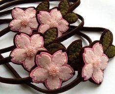 Цветы из фетра: выкройка и мастер-класс для обручей и заколок