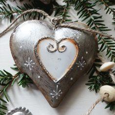 Girlanda-stříbrné-srdce-2