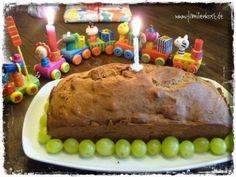 Bananenkuchen mit Apfel - Idealer 1. Kinder-Geburtstagskuchen