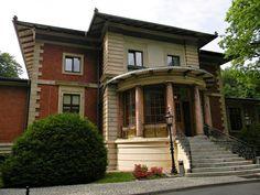 Koło domu: Pałac generała Sosnkowskiego w Porażynie