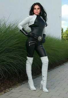 White Thigh High Boots, White Boots, Sexy Boots, Leather Fashion, Fashion Boots, Fashion Outfits, Womens Fashion, Leather Catsuit, Leather Pants
