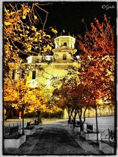 La catedral de santander por la noche