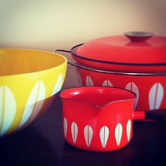 We just love the tableware by Cathrineholm, a Norwegian brand from the 50's. Food will never taste the same! #norway