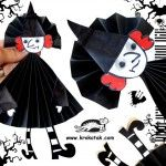 English is FUNtastic: Halloween Folded Paper Witch Theme Halloween, Halloween Crafts For Kids, Halloween Projects, Holidays Halloween, Fall Crafts, Kids Crafts, Diy Halloween, Diy Paper Christmas Tree, Manualidades Halloween