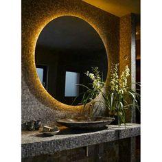 Καθρέπτης μπάνιου LED στρογγυλός Φ60 θερμού φωτισμού.Καθρέπτης 5 mm με σχέδιο αμμοβολής Περιμετρικό led θερμού φωτισμού στο πίσω μέρος του καθρέπτη. Τα led και ο αδιάβροχος μετασχηματιστής περιλαμβάνονται. Round bathroom mirror 60cm diameter with warm LED lighting at the back side of the mirror.